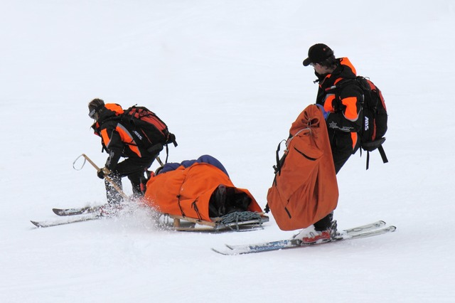 záchrana lyžaře