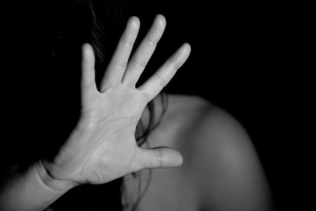 ženská ruka