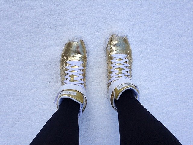 zlaté tenisky