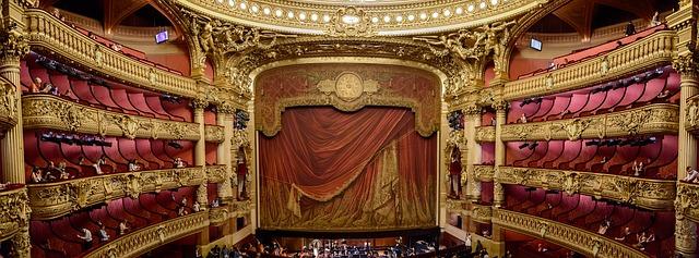 opona opery