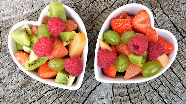 Miska s ovocem.jpg